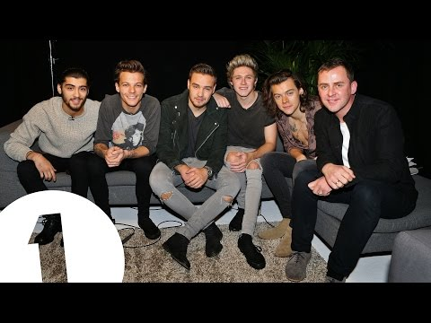 One Direction & Scott Mills At A Secret Location!
