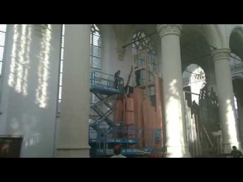 Father Willis Organ Hooglandse Kerk Leiden - crew at work part 3