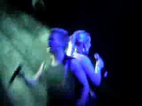 "Eurobandið Last 10 Seconds Of Gina G's ""Ooh Ah"" London Scala"