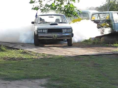 My 2nd burnout in My stock 1600 datsun stanza