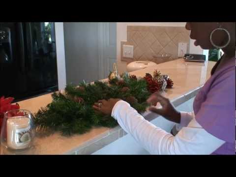 How to make your own Christmas centerpiece
