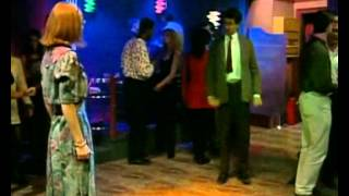 Mr.Bean Dancing Coronita 2012