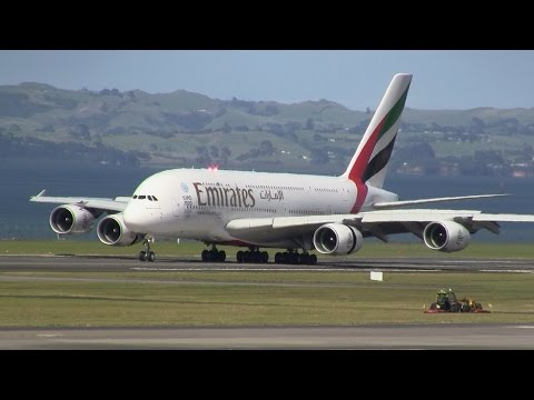 WORLD'S LONGEST FLIGHT ► Emirates A380 ► Inaugural Landing ✈ Auckland Airport