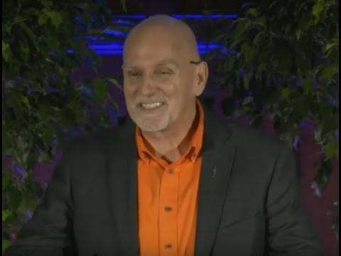 Managing With Carrots | Chester Elton | TEDxFordhamUniversity