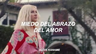 Christina Aguilera - Loves Embrace (Interludio) Fanvideo [Sub español]