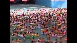 В аквапарках Китая - как в метро в час пик (новости)