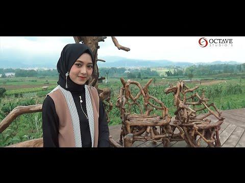 Ahmad Ya Habibi (Cover by Dewi Hajar)