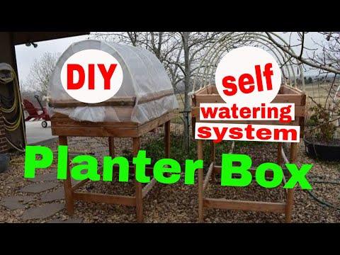 diy self watering elevated planter box organic gardening youtube. Black Bedroom Furniture Sets. Home Design Ideas
