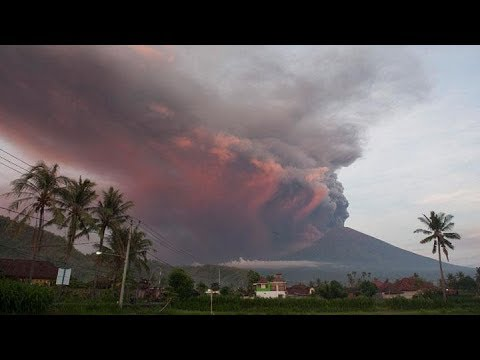 LIVE!! - Mount Agung Volcano Eruption Bali Indonesia