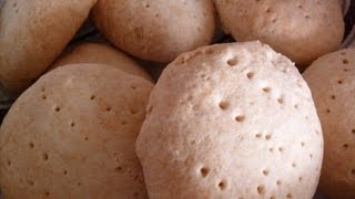Learn To Make Belizean Johnnycakes In 1 Minute.