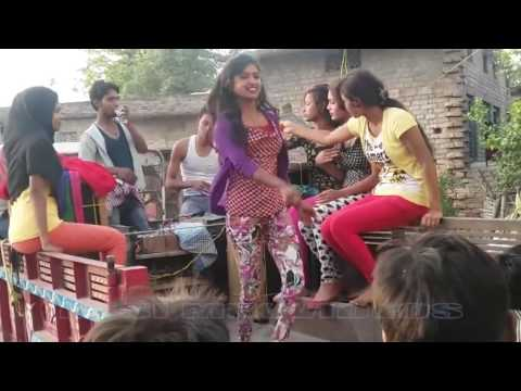 Aaja Mai Teri Pyas Bujha Du Hot Stage Dance Dj Remix song 2017 By L.k Raj