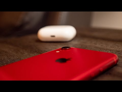 Why iPhone XR is the BEST iPhone to Buy in 2020!