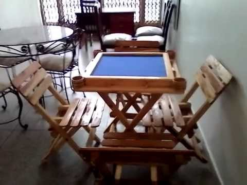 Vendo mesa de domino nueva con sus 4 sillas de madera y comedor de ...
