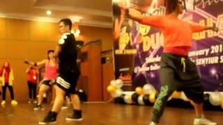 """TIC TOC ..Zumba Party YBS Club wt  Rere Curlie"