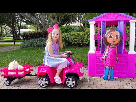 Nastya plays with playhouses and dolls