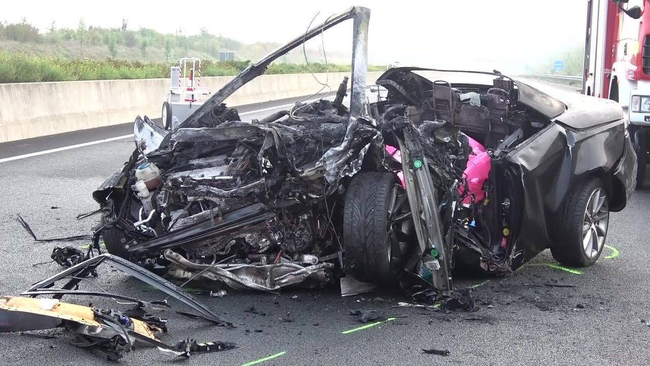4 Tote - 1 Verletzte bei Unfall auf A4 Höhe Kerpen-Buir am 27.08.17 ...