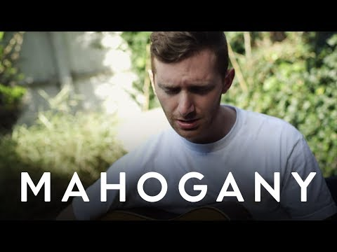 Fractures - It's Alright | Mahogany Session