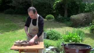 Encornets en brochette grillés au thym frais