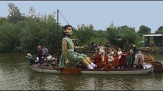 Afscheid in Leeuwarden van de Reuzen van Royal de Luxe