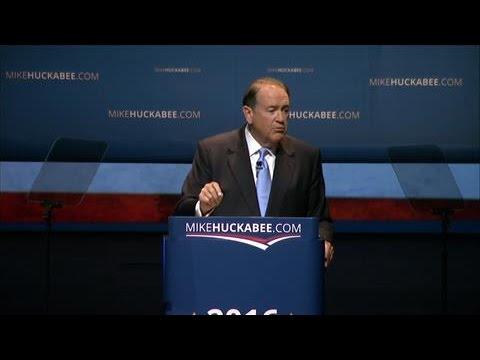 Mike Huckabee Announces Presidential Run