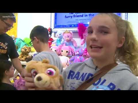 Build-A-Bear 'Pay Your Age' Day: Lines close due to huge demand