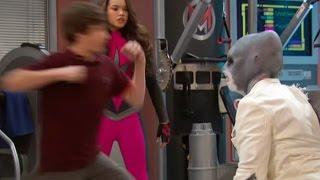 Могучие медики - Сезон 1 серия 21 - А ты боишься акулы? | Сериал Disney
