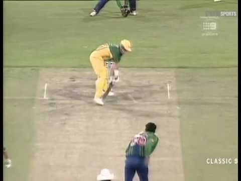 Wasim Akram Perfect Yorker To Darren Lehmann with a reverse swing