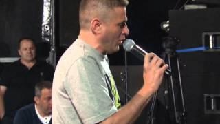 Baja Mali Knindza - Cele noci lutam ja po kafanama - (LIVE) - (Vucija Luka 2012) - (Tv Duga Plus)
