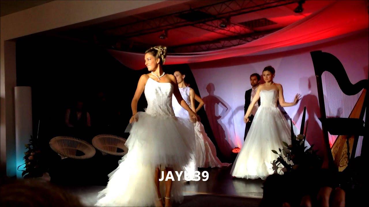 D fil d 39 eve angeli en robe de mari e salon du mariage for Don de robe de mariage militaire