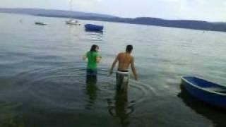 Anita & Soheb gehen baden!!