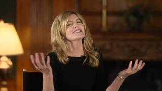 "The Intern: Rene Russo ""Fiona"" Behind the Scenes Movie Interview"