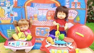 Ani y Ona montan un restaurante con FREIDORA y BARBACOA de juguete que FUNCIONAN de VERDAD