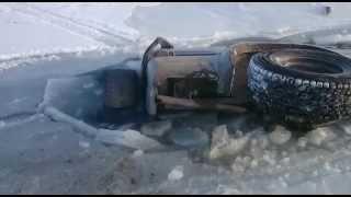 Рыбаки-любители утопили Toyota Surf в магаданской бухте Гертнера