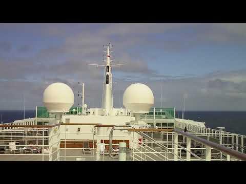 Queen Mary 2 Cruise Ship & Ocean Liner