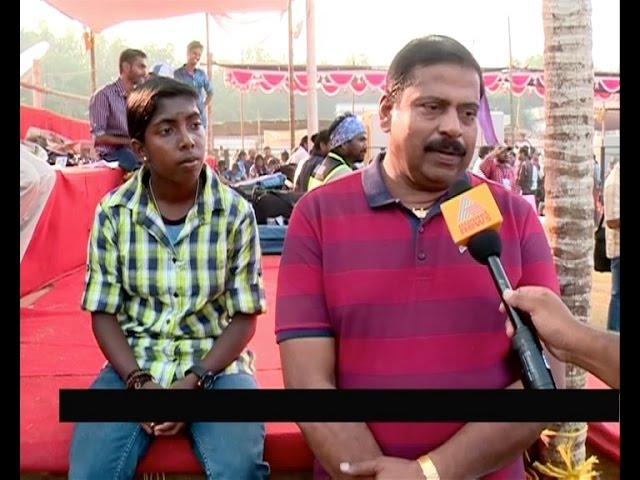 Asianet News Impact : Finally Praveena got fiber pole gifted by former Kabaddi player Gopakumar