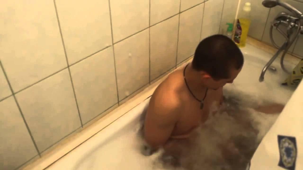 Два мужика и баба в ванной фото фото 583-513