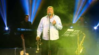 Repeat youtube video Vali Boghean Band -  Doar ea