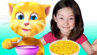 Liza fun plays with talking cat Ginger | SKORIKI