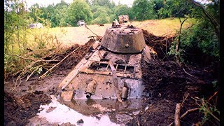 LIFTING THE T-34 TANK FROM THE RIVER