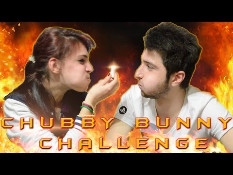SUPER CHUBBY BUNNY CHALLENGE | SPECIAL 50 ISCRITTI