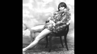 Astrud Gilberto -- Corcovado (Quiet Nights Of Quiet Stars)