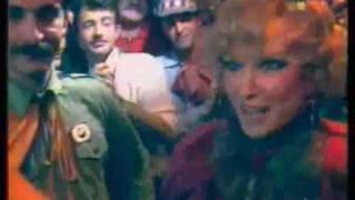 «На карнавале счастье — частый гость», Л. Гурченко. 1985