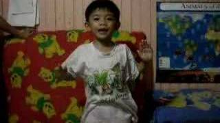4 year old Ethan sings Ultraman Cosmos theme song