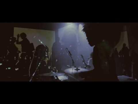 Boogarins - 6000 Dias (Official Music Video)
