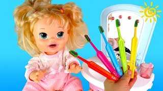 Learn Colors Finger Family Song  Doll Morning Routine 4K