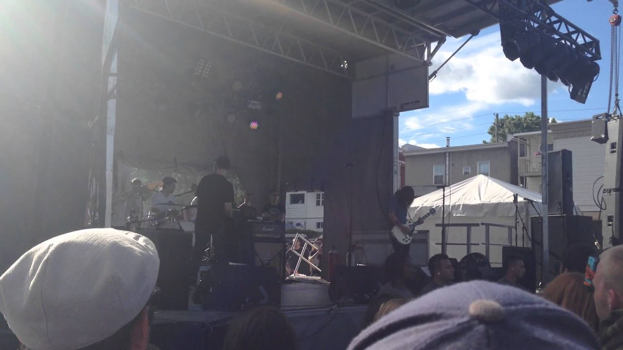 Title Fight Head In The Ceiling Fan Live At Amnesia Rockfest