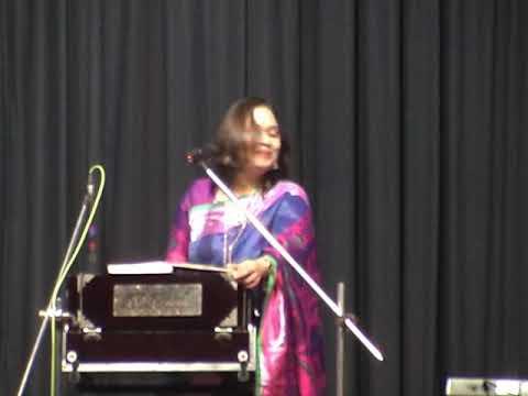 """""""Oi Surbhara Dur Nilimay"""", performed by Sukanya at Sisir Mancha"""