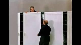 В туалете с молодым человеком