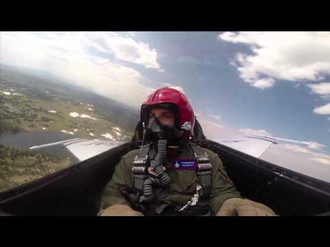 Wes Welker Flies An F-16