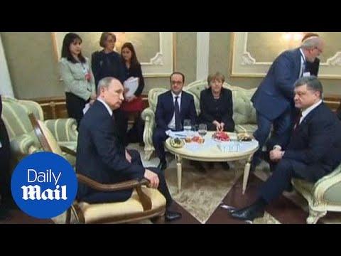 Putin and Poroshenko shake hands as Ukraine talks start - Daily Mail